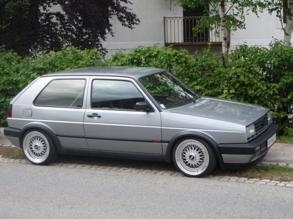 [ VW ] GOLF MK2 25017410