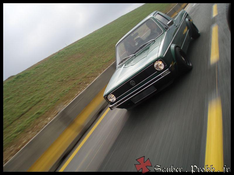 [ VW ] GOLF CADDY pick up / tolé P3250010