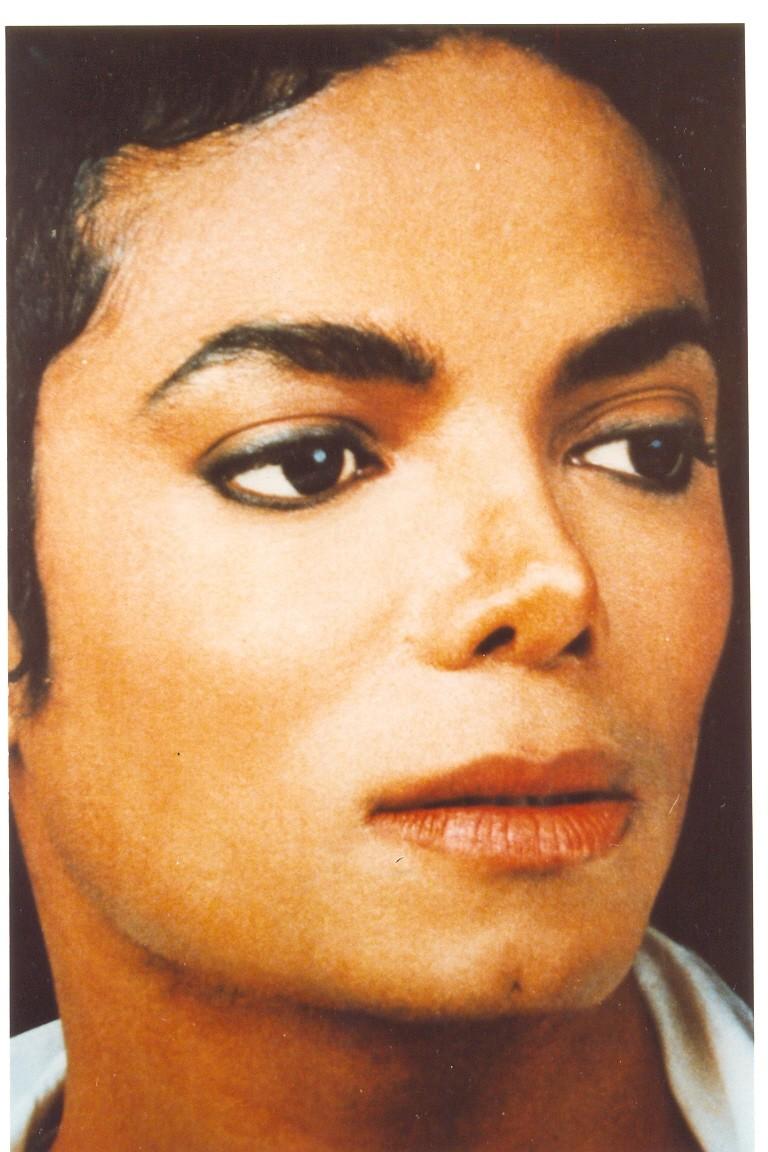 Il sorriso di Michael - Pagina 2 Anniel11