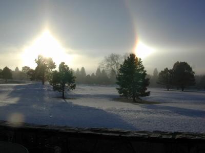 2009: Etrange lumiére dans les nuages Sun20d10