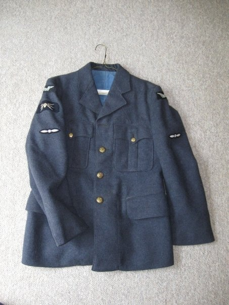 RCAF Leading airmans service Tunic Untitl18
